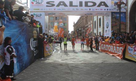 Atletas de 12 países en el Maratón Tangamanga