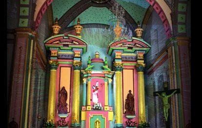 Espectáculo de luces altar Templo de la Compañía
