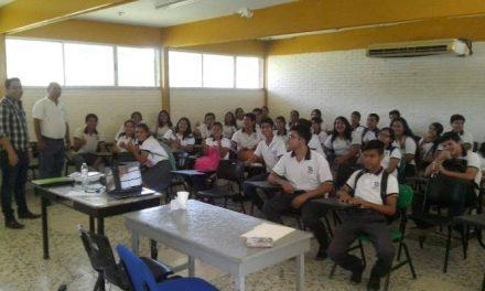 Capacitaciones en las escuelas de nivel medio superior