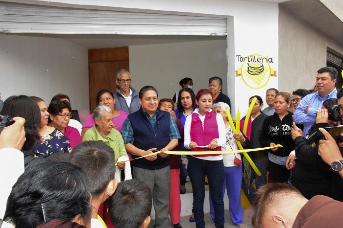Inauguran el 5o. expendio de tortilla subsidiada en SGS