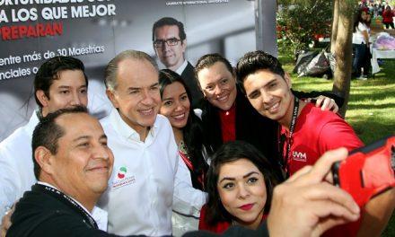 """Encuentro """"VAS A Mover a México"""""""