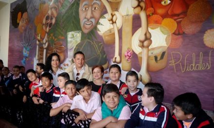 """Visita guiada al mural """"Alegoría de Santorom"""""""