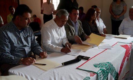 Firma del Convenio entre Ayuntamiento y SRE