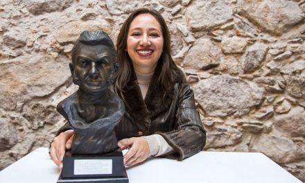Catedrática recibe Premio de Investigación en España