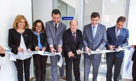 Estomatología-UASLP inaugura clínica