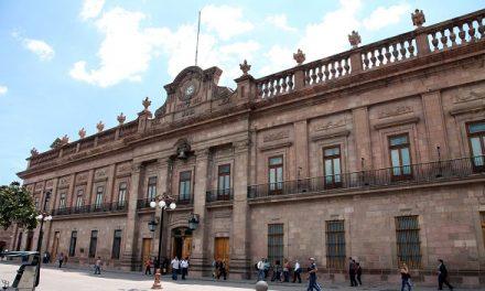 Palacio de Gobierno con iluminación especial