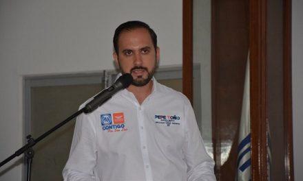 Pepe Toño Zapata presenta su proyecto legislativo