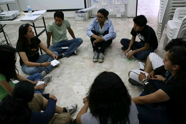 Conferencia sobre instalación artística: CEART