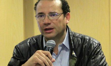 Xavier Nava pide transparencia en los recursos públicos