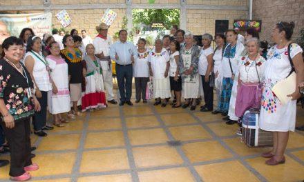 Festejan Día del Adulto Mayor en SGS