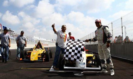 Enrique Reyna brilla en la Formula 1800