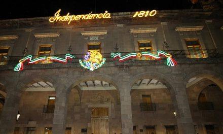 Fiesta mexicana en la plaza de armas