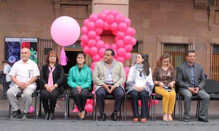 Mujeres recibieron servicios de salud gratuitos