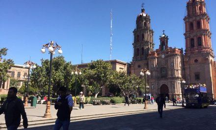 Recorrido por plazas del Centro Histórico de SLP
