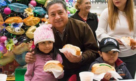 Tradicional rosca de Reyes en Soledad