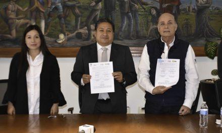 Firma de convenio con la Promotora del Estado