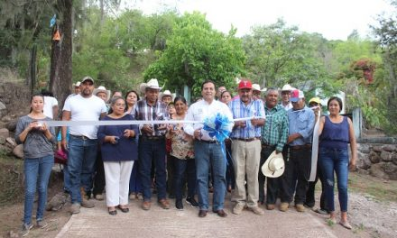 Entregan obra del camino San Martín- El Nacimiento