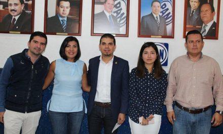 Piden destitución de Pérez García