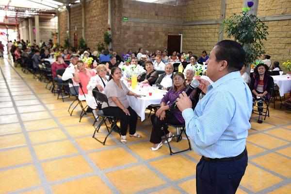 Festejan al Adulto Mayor en Soledad