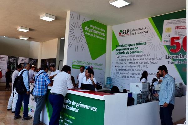 Descuentos en licencias de conducir en FENAPO