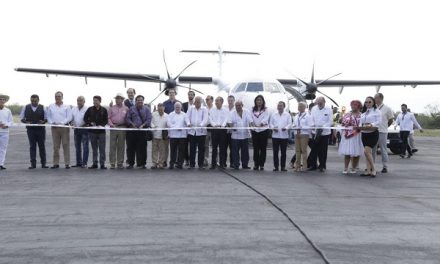 Inauguran vuelo CDMX a Tamuin