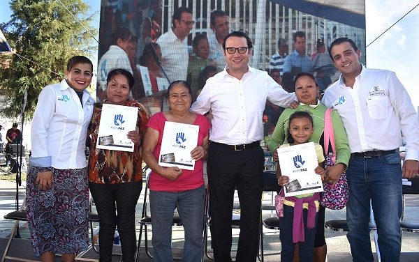 """Programa """"En Son de Paz"""" en Valle Dorado"""