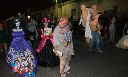 Desfile Zombi y Disfraz de Día de Muertos