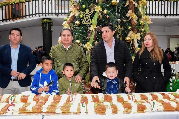 Monumental Rosca de Reyes en Soledad