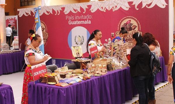MILES DE ASISTENTES EN LA FIESTA DEL CHOCOLATE