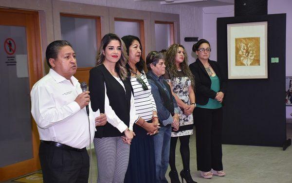 "Exposición colectiva ""Mujeres artistas soledenses"""
