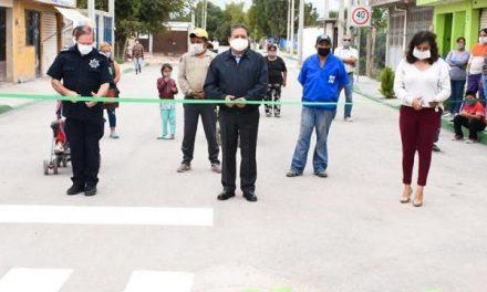 Pavimentación de tres calles de la Col. La Misión