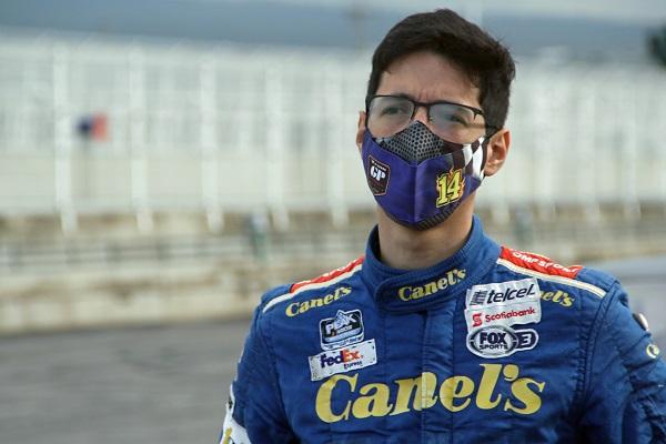 Alex de Alba Jr. buen ritmo NASCAR Challenge