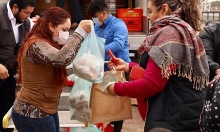 Entregan programa alimentario en comunidades