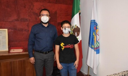 Visita de la boxeadora Alexa Ramos