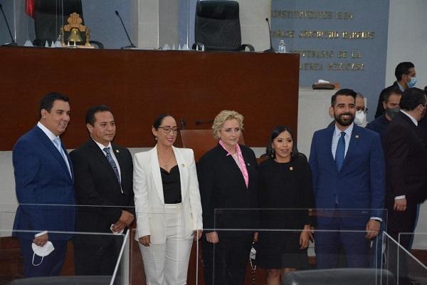 ENFRENTAR LOS RETOS DEL ESTADO DESDE EL CONGRESO
